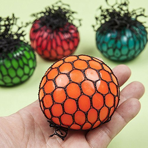 1 PCS TopSeller Mesh Ball, Grape Stress Relief Squeezing Ball Hand Wrist Toy Random Color – 1.97″